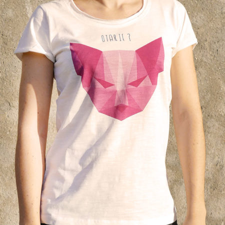 T-shirt pour femme avec un motif représentant un chat en origami avec la question est-ce une otarie?