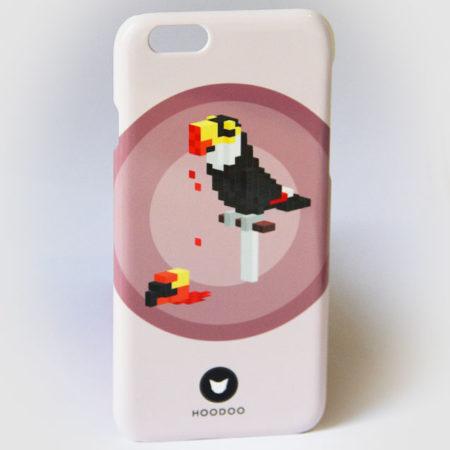 coque pour Iphone 6 avec le visuel d'un toucan sur fond prune