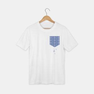 t-shirt avec le visuel poche et ancres