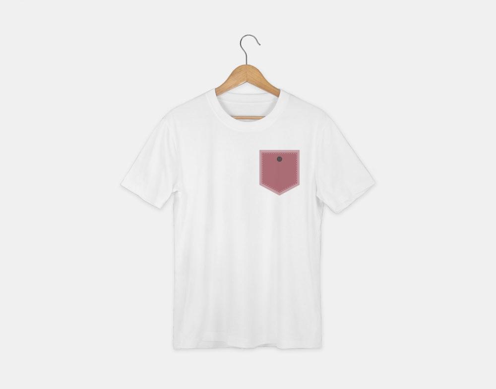 t-shirt avec le visuel poche et bouton