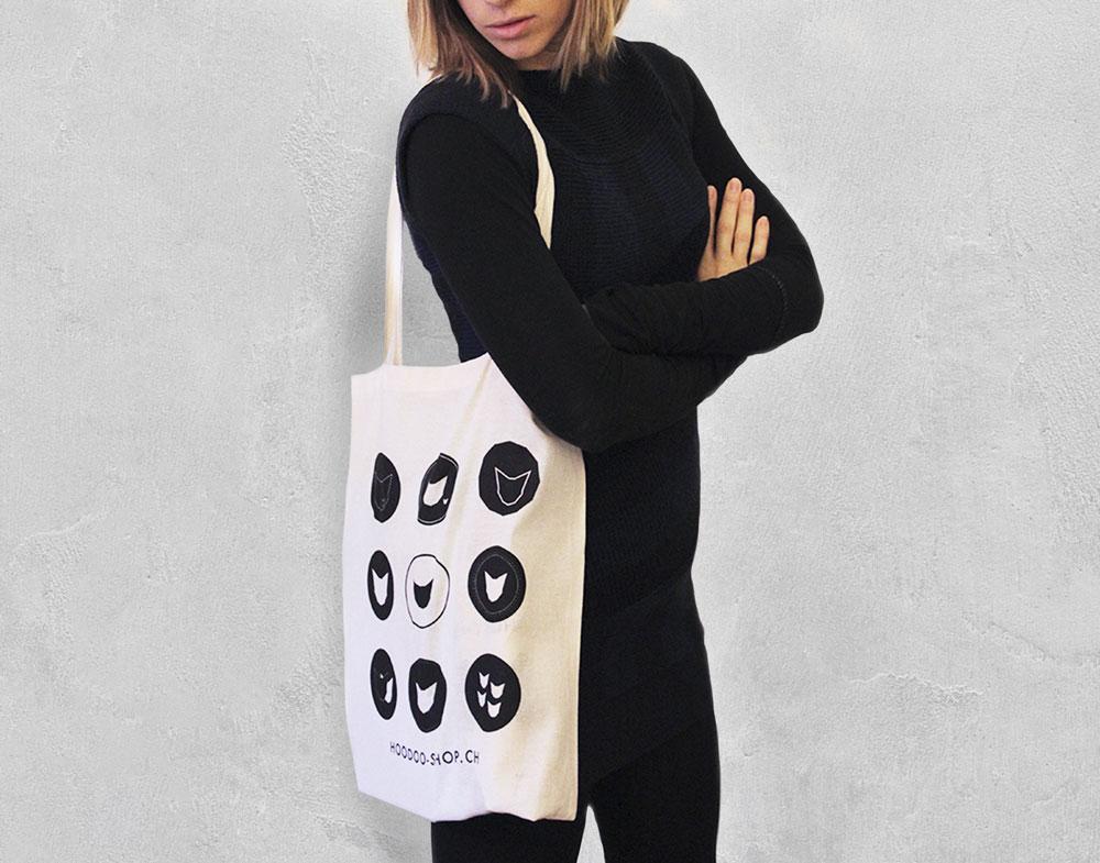 sac en toile avec les logos de hoodoo