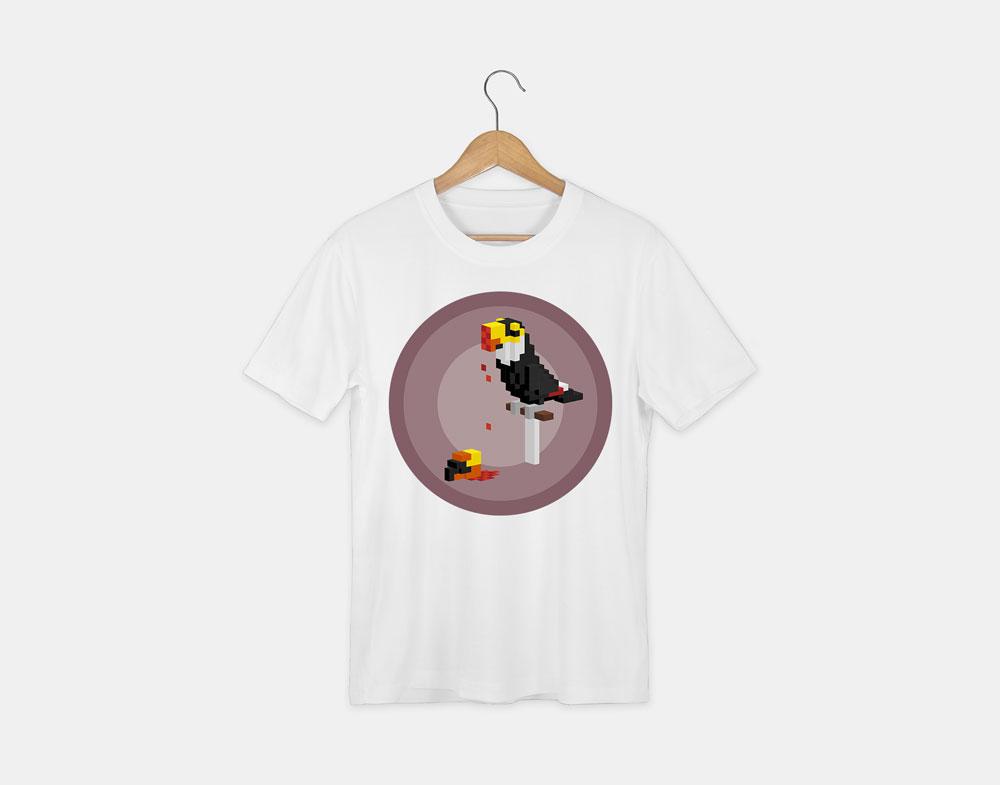 t-shirt avec le visuel toucan de la collection pixels